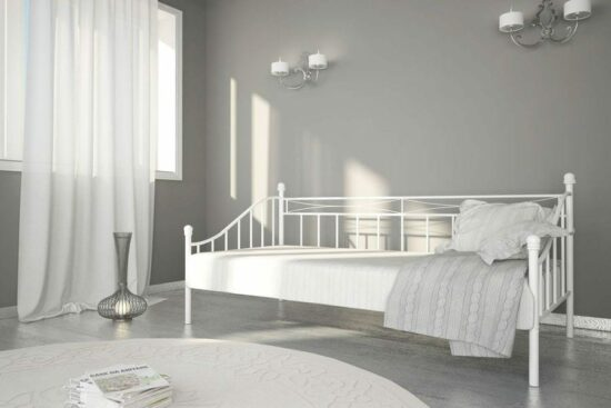 daybed white.jpg